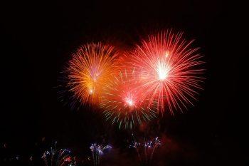 横浜開港祭2019の花火は何発上がる?有料席の予約方法も確認!